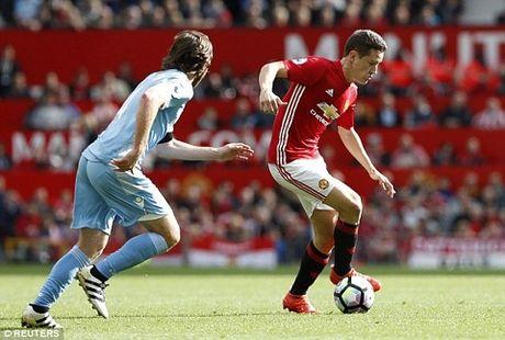 Ander Herrera dang cam thay 'hanh phuc' duoi thoi Jose Mourinho - Anh 2