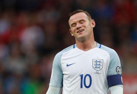 7 hinh anh tom tat man trinh dien te hai cua Rooney truoc Malta - Anh 8