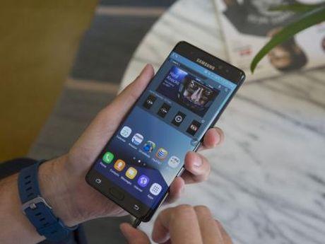 Samsung ngung san xuat Note 7: Ong lon dau hang rui ro - Anh 1