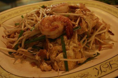 Quan an Thai nuom nuop khach Viet o Pattaya - Anh 7