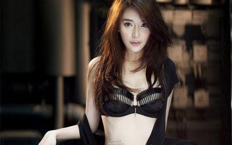 Bat ngo voi nu dien vien Trung Quoc giong het Ho Quynh Huong - Anh 9