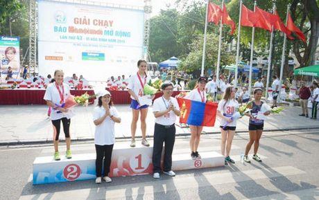 Chung ket Giai chay Bao Hanoimoi mo rong lan thu 43- Vi hoa binh: Quyet liet nhung cuoc tranh tai - Anh 2