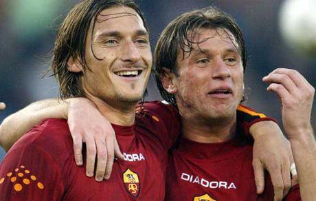 Francesco Totti chi ra nguoi dong doi tuyet voi nhat - Anh 1