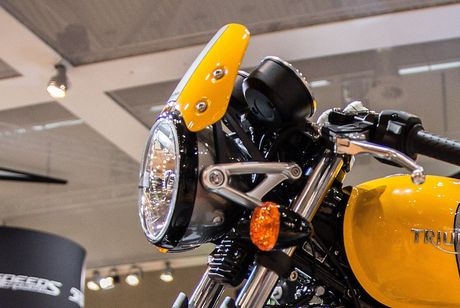 Triumph 'chao hang' moto cafe racer Street Cup 2017 gia re - Anh 3