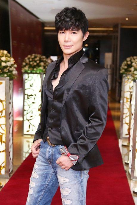 Nathan Lee quan quyt Phuong Mai trong khach san 5 sao - Anh 4