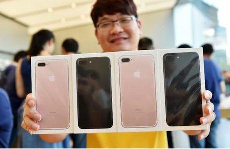 Mua iPhone 7 nhan vien co the bi sa thai - Anh 1
