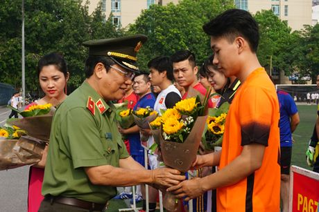 Tang cuong doan ket tinh dong chi, dong doi - Anh 1