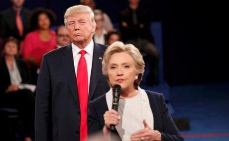 Soi ngon ngu co the cua Donald Trump trong cuoc tranh luan lan 2 - Anh 2