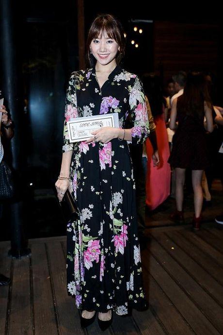 Hariwon gia bi che gia - Bao Thy 'lu mo' nhan sac truoc Ho Ngoc Ha - Anh 1
