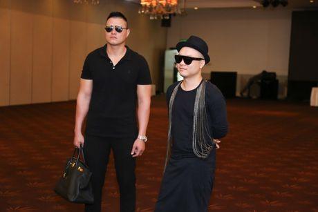 Do Manh Cuong xach tui Birkin 300 trieu di casting nguoi mau - Anh 2