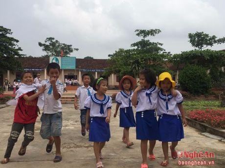 Vi sao 154 hoc sinh o Truong Tieu hoc Tru Son II (Do Luong) nghi hoc? - Anh 4