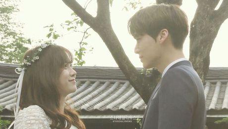 Yeu Goo Hye Sun the nay, tim dau mot Ahn Jae Hyun thu hai! - Anh 9