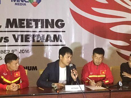 HLV Huu Thang: 'DT Viet Nam thu nghiem nen the la khong toi' - Anh 1