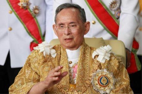 Suc khoe nha vua Thai Lan 'khong on dinh' - Anh 1