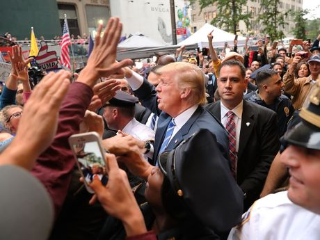 Ong Trump quyet tranh cu den cung - Anh 1