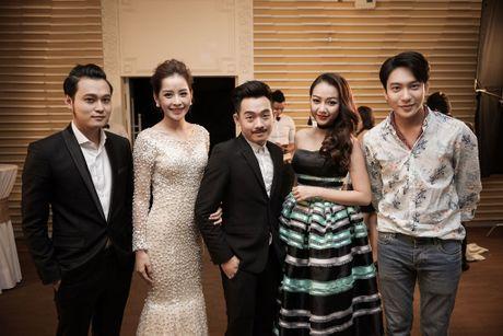 Dan khach moi hung hau tham gia 'Wake Up' cua Chi Pu - Anh 1