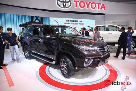 Toyota Fortuner 2017 vua ve Viet Nam - Anh 1