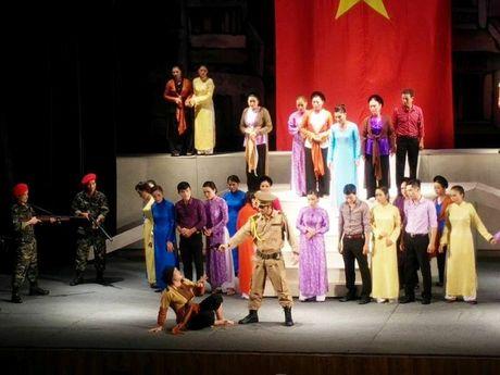 Cheo Ha Noi boi thu huan chuong - Anh 2