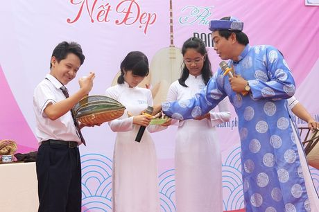 Mang banh xeo den truong hoc de noi chuyen van hoa - Anh 1