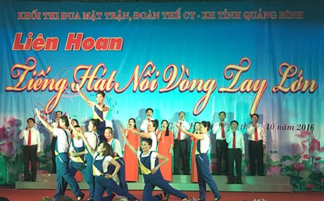 Tieng hat noi vong tay lon - Anh 1