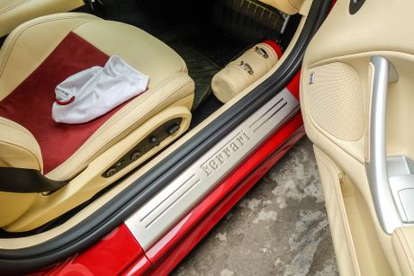 Sieu xe Ferrari F12 ban do nhap Dubai ra bien so Sai Gon - Anh 8