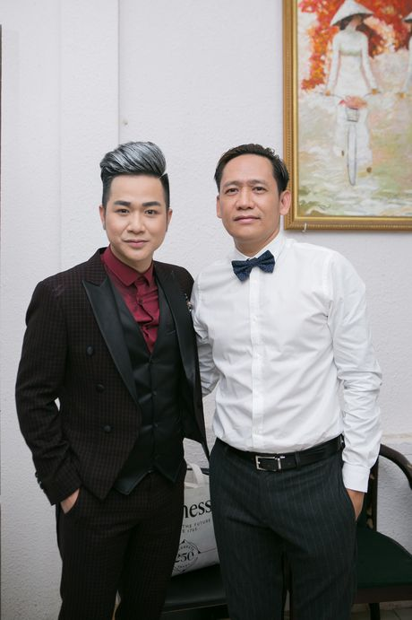 Quach Tuan Du cai ao cho ban gai giam doc giua su kien - Anh 7