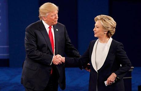 Khen ba Clinton het loi trong cuoc doi dau lan 2: Ong Trump dang thay doi 'chien luoc'? - Anh 1