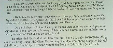Pho Giam doc lo clip sex chinh thuc bi buoc thoi viec - Anh 1