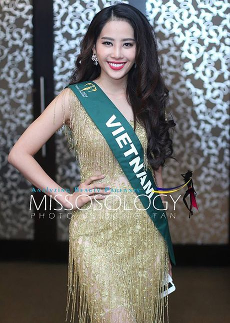 Hoa khoi Nam Em do sac cung dan nguoi dep Miss Earth - Anh 5