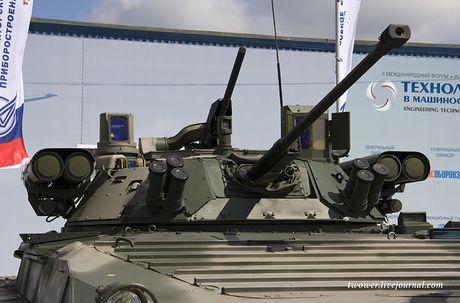 Vi sao BMP-2 loi thoi cua Nga 'can' duoc Bradley, Abram My? - Anh 8