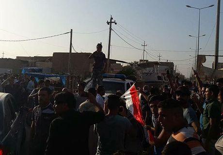 Quan doi Iraq giai phong lang mac o Anbar khoi IS - Anh 2