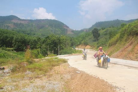 Lien quan den Du an Nha may thep Viet Phap tai H. Nam Giang (Quang Nam): Lo lang la chinh dang - Anh 2