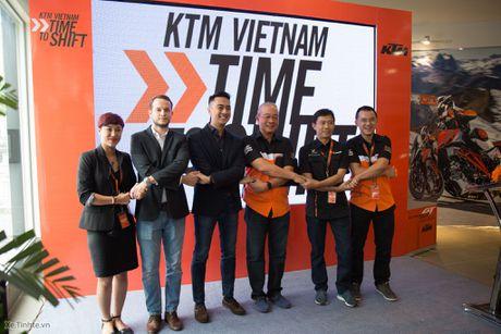 KTM khai truong showroom chinh hang - day du cac dong xe, gia hop ly nhat trong phan khuc - Anh 1