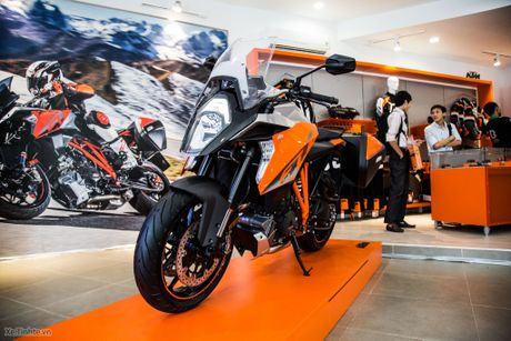 KTM khai truong showroom chinh hang - day du cac dong xe, gia hop ly nhat trong phan khuc - Anh 3