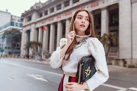Bang chung nao cho thay dai gia kim cuong 'bo' Ha Ho quay ve voi vo cu? - Anh 4