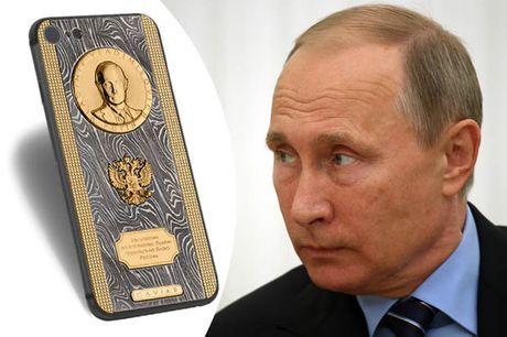 Tong thong Nga Putin duoc tang Iphone 7 'sieu doc' - Anh 1