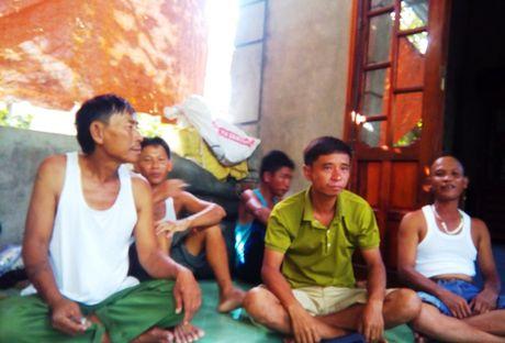 He lo nguyen nhan khien tau cho gan 40 nguoi lat o Quang Tri - Anh 2