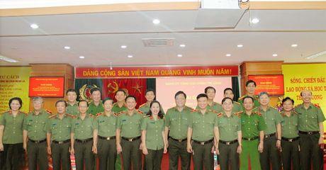 Dang uy Tong cuc Chinh tri CAND khai giang Lop boi duong cong tac Dang - Anh 3