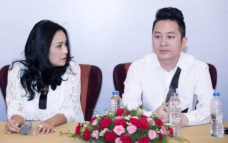 Ca si Thanh Lam hat ben mo nhac si Thanh Tung - Anh 2