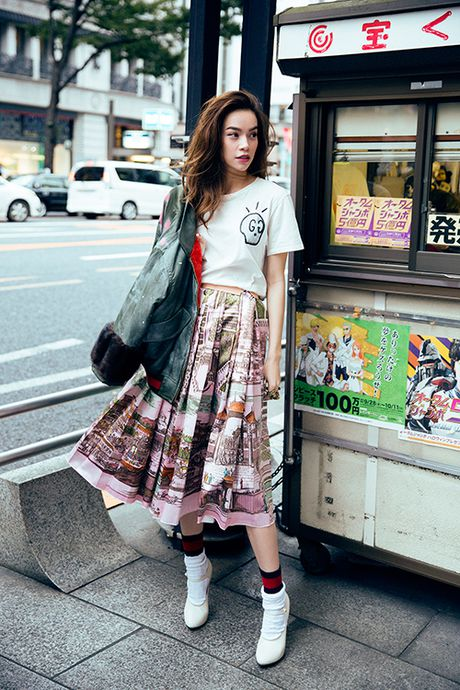 Ha Ho khoe phong cach tren duong pho Tokyo - Anh 3