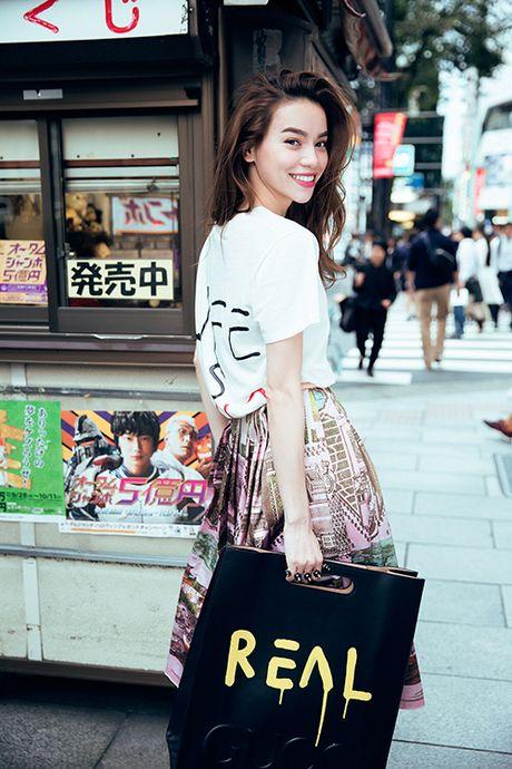 Ha Ho khoe phong cach tren duong pho Tokyo - Anh 4