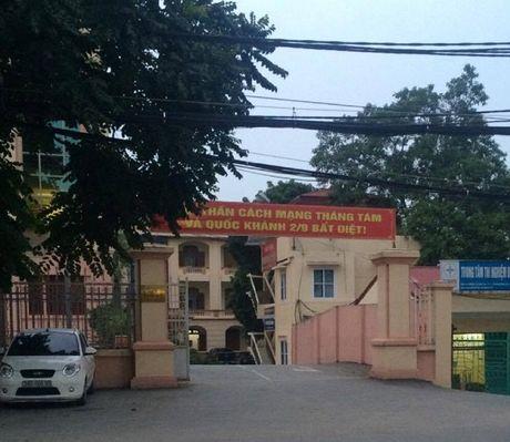 Hoa Binh: Ram rap xe tai hoanh hanh tren quoc lo 6 - Anh 4