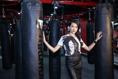 Lan Khue, Dieu Ngoc hao huc don huyen thoai UFC sang Viet Nam - Anh 5