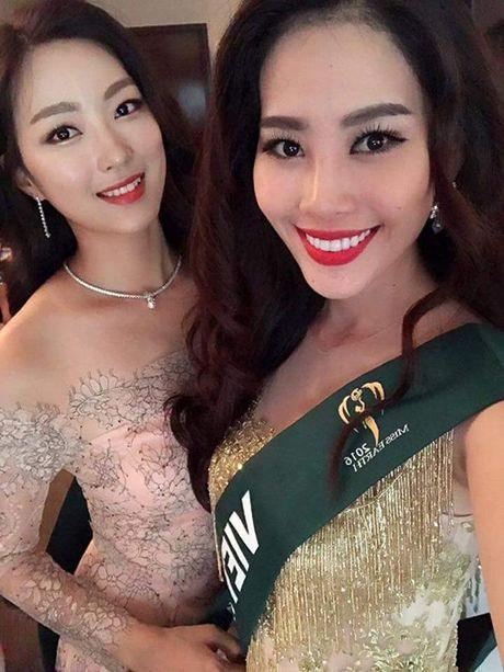 Dien vay giong Pham Huong, Nam Em lien tuc gay chu y tai Miss Earth 2016 - Anh 7