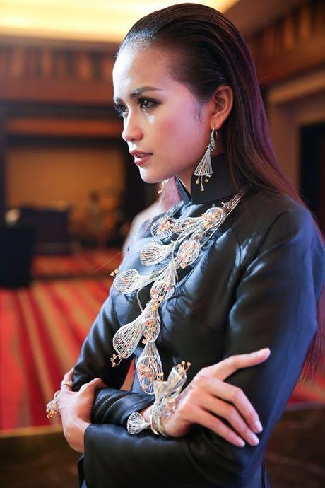 Ngoc Chau mo man Tuan le thoi trang quoc te Viet Nam 2016 - Anh 6