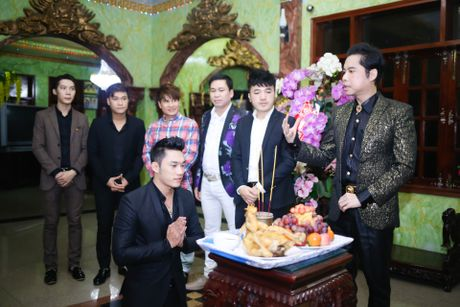 Ngoc Son to chuc le nhan hoc tro tai biet thu Thien Nien Ky - Anh 1