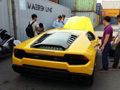 Lamborghini Huracan cau sau thu hai ve Viet Nam - Anh 2
