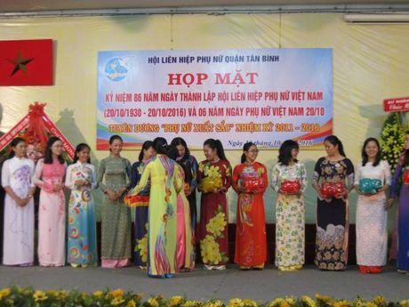 Hoi LHPN Q.Tan Binh ky niem 86 nam ngay thanh lap Hoi va 6 nam Ngay PN Viet Nam - Anh 3
