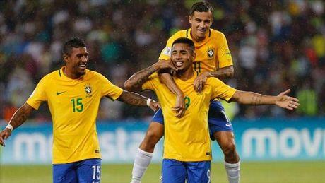 Vong loai World Cup 2018 khu vuc Nam My: Brazil len dinh, Argentina dieu dung - Anh 1