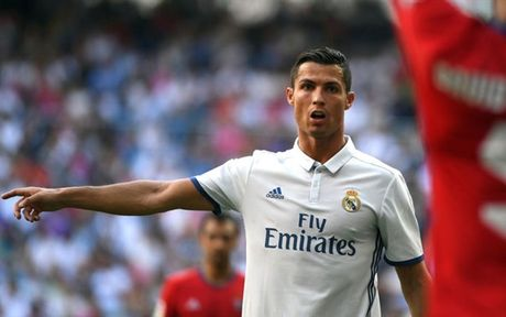 Duoc roi Ronaldo, ve lai Real Madrid thoi - Anh 2